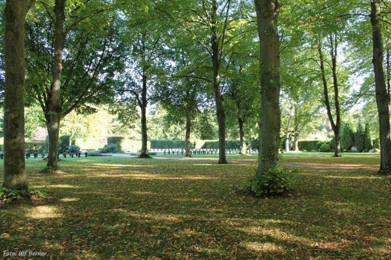Ehrenfriedhof Wilhelmshaven | Foto: Ulf Berner